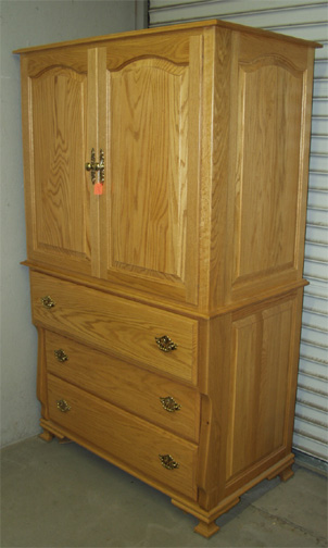 Clayborne 39 s amish furniture bureau style armoire for Armoire bureau