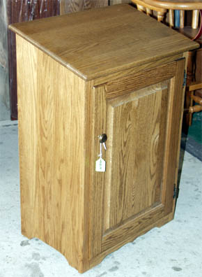 Amish made solid oak trash container