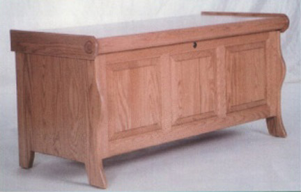 Amish sleigh chest with cedar bottom and lock